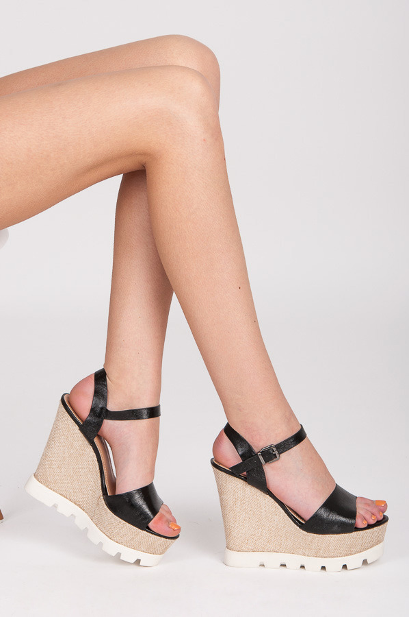 SANDAŁY BLACK WEDGE HEELS
